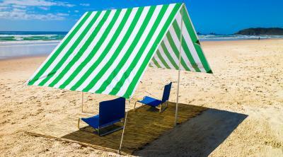 Bạt che tắm nắng bãi biển