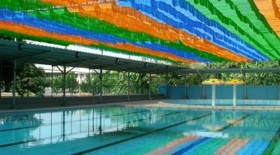 Mái che nắng bể bơi