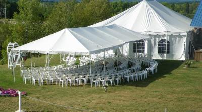Mái che tổ chức đám cưới