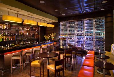 Quán bar hiện đại